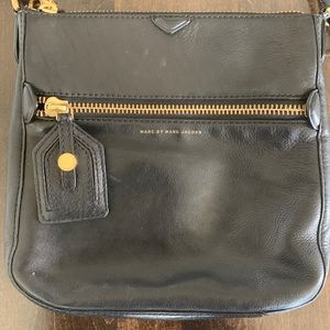 Marc Jacobs black leather Crossbody GREAT quality*